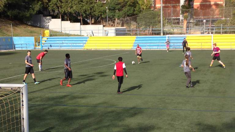 gbsb football team in action