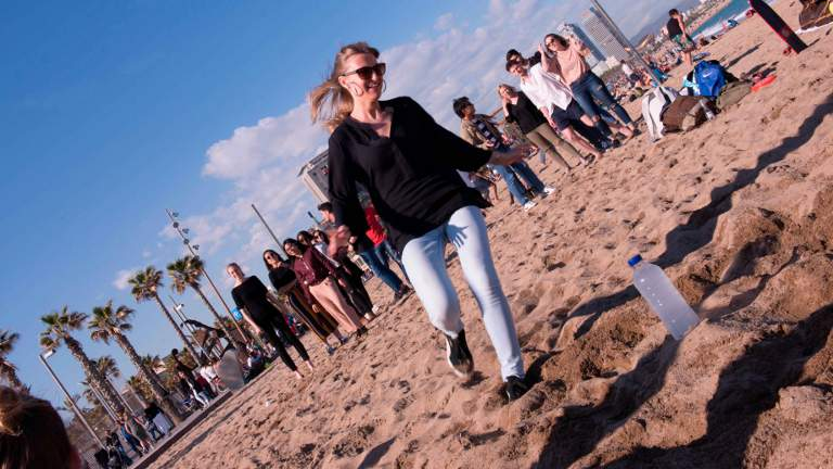 Loving the sun and sand, new students soak in the ambiance that living in Barcelona provides